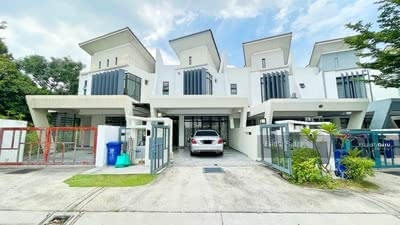 For Sale - 2-Storey Linked House @ Laman Glenmarie Phase 1A
