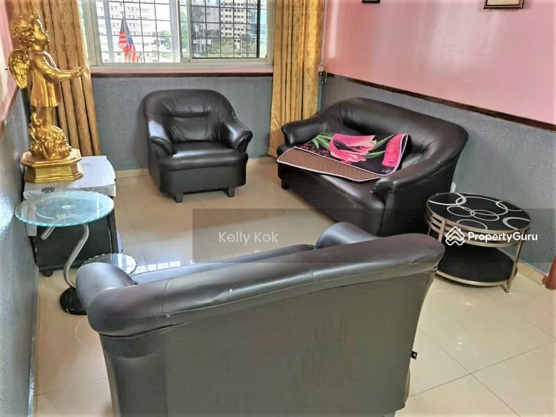 Apartment Abdullah Hukum #165573788
