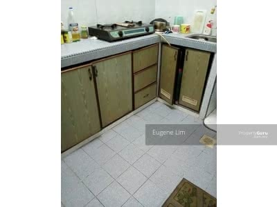 For Sale - Jalan Enau Taman Daya Flat