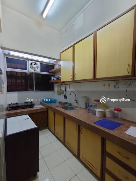 Puncak Desa Apartment #165733902