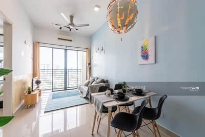 For Sale - 1000 Installment Studio【INVESTMENT】Rebate RM 80, 000 【1min to PREMIUM OUTLET & MRT】