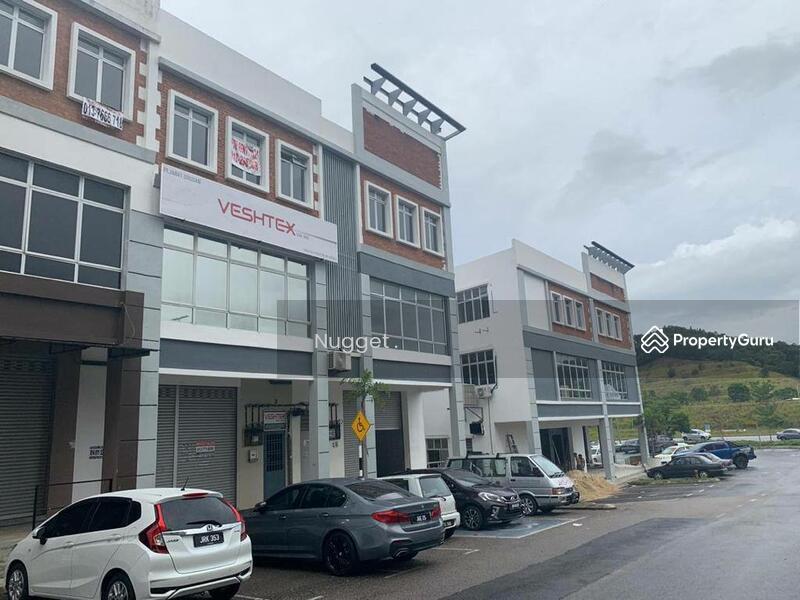 Nusa Sentral #165860954