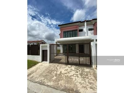 For Sale - Bandar Dato onn 2storey house with gated guarded