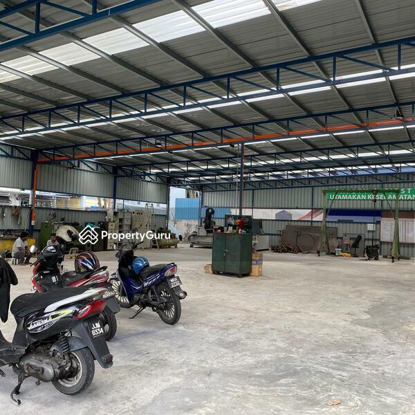 Pusat Bandar Puchong Industrial Park #166143840