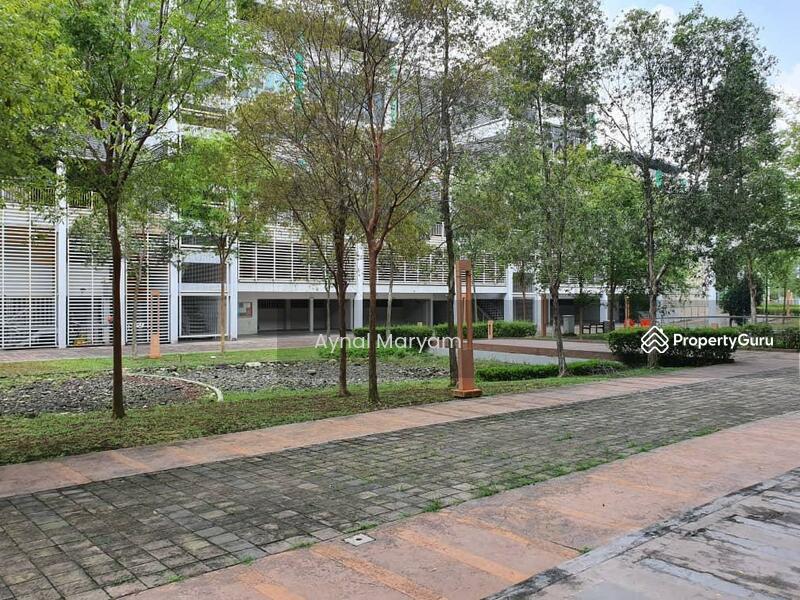 Kiosk Space at Bukit Jelutong DVida #166174510
