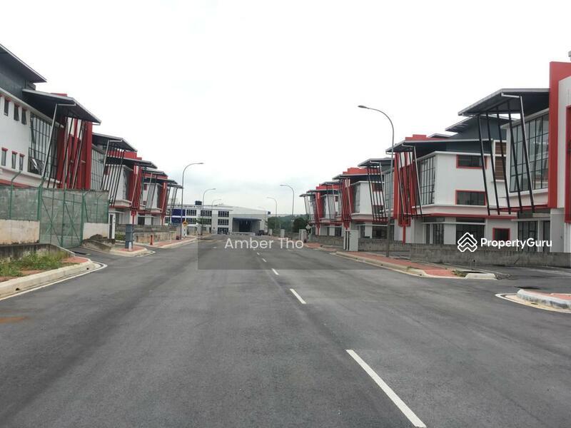 Kawasan Perindustrian Kampung Baru Balakong #166197560