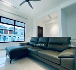 For Rent - Jb Desa Tebrau Double Storey Fully Furnished Aircon