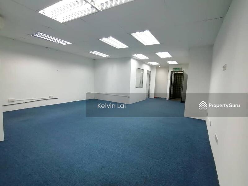 Plaza Medan Putra #166256470
