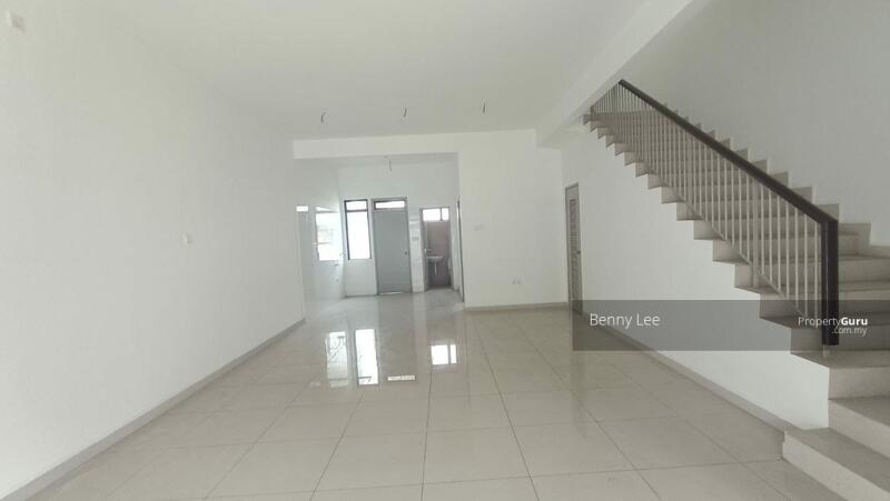 Bandar Dato Onn Bandar Dato Onn / Brand New Unit / Original Condition / Below Market Value #166310174
