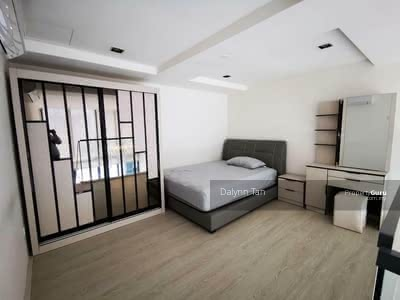 For Rent - The Square @ One City