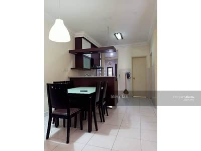 For Sale - Setia indah 1. 5storey house with gated guarded