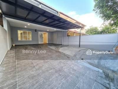 For Sale - Taman Johor Jaya Taman Johor Jaya / Fully & Newly Renovated / Extended / Below Market Value