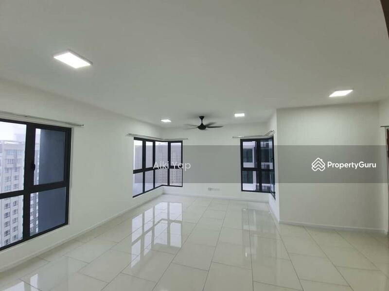 Three33 Residence #166513670