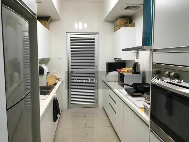 Solaris Dutamas Designer Suites #167336704
