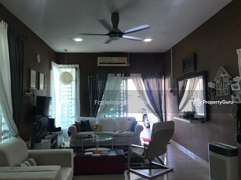 [RENOVATED+EXTENDED KITCHEN] Semi D Setingkat Bukit Kuang Kemaman PARTLY FURNISHED #167827584