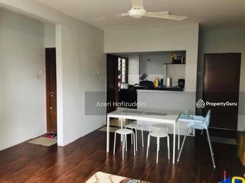 Apartment Desa Melayu #168080680