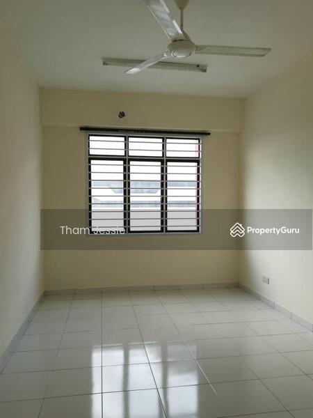 Jentayu Residency #168152802
