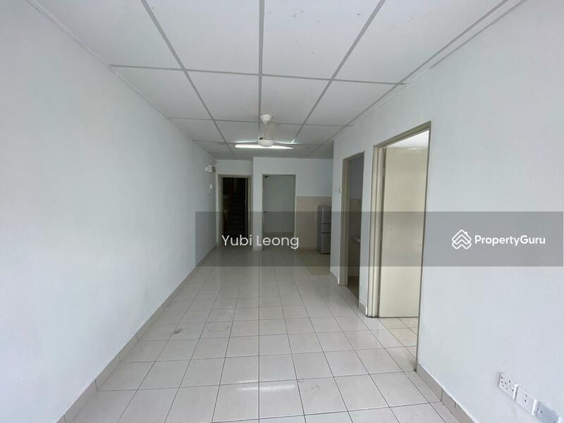 Suria Apartment @ Damansara Damai #168268880