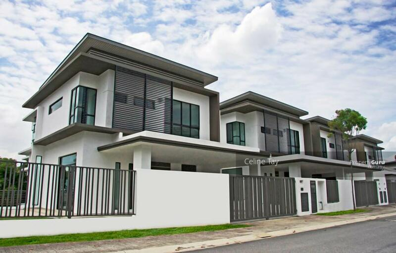 Sungai Besi Double Storey Superlink!! MCO Rebate 2%!! Gated and Guarded!! #168405494