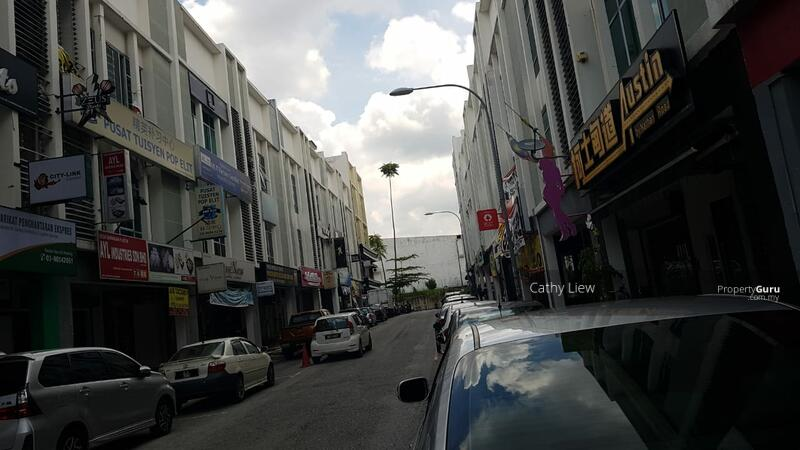 Sri Petaling #168410050
