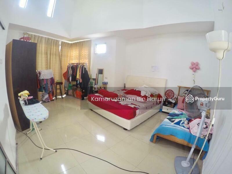 Corner Lot 2 Storey Terrace Laman Glenmarie, Shah Alam. #168453930