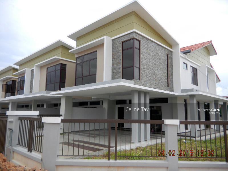 Damansara Double Storey Freehold! Monthly Instalment RM1800!! Gated and Guarded!! #168465908