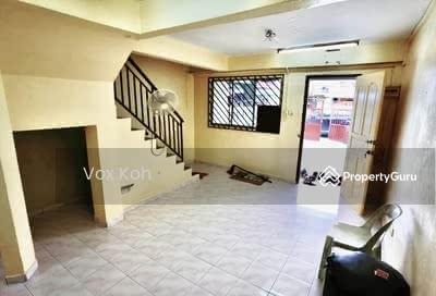 For Rent - Jalan Hang Jebat, Taman Skudai Baru Double Storey Renovated House