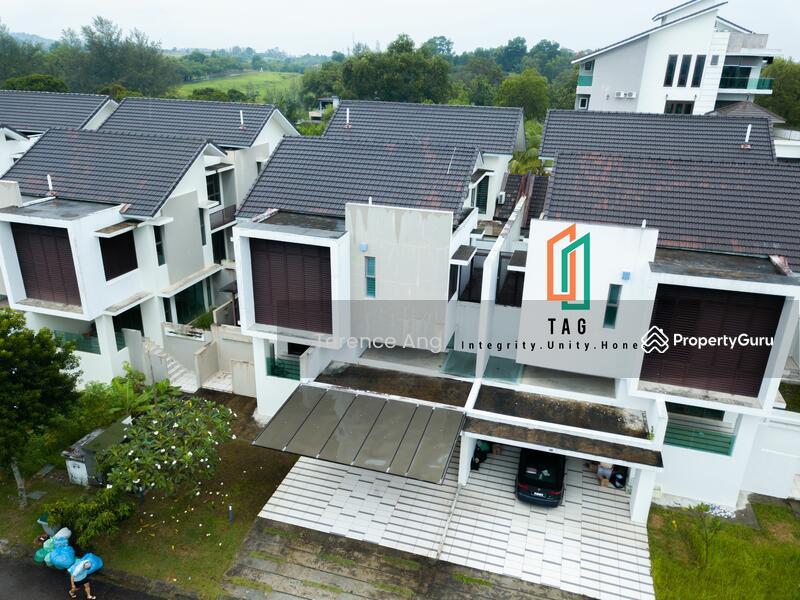 East Ledang - Twin Villa #168592832