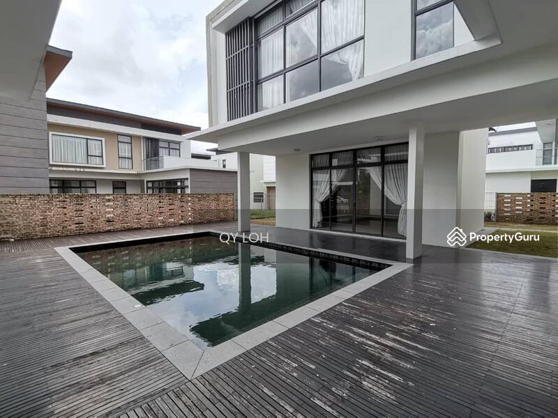 Noble Park Grand Pool Villas East Ledang #168643152