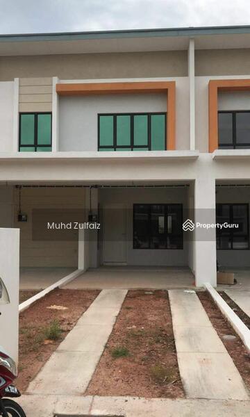 Townhouse lower unit Villa kesuma #168790428