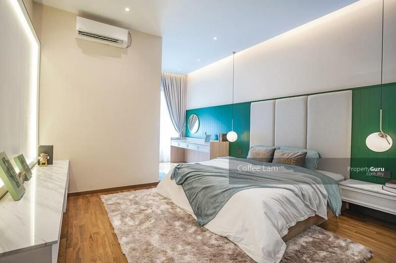 Monthly RM 2,200 [ Lifestyle Retail + Forest Park ] 12 Ft Ceiling High | Next to Kesas, Mex Highway #169020434
