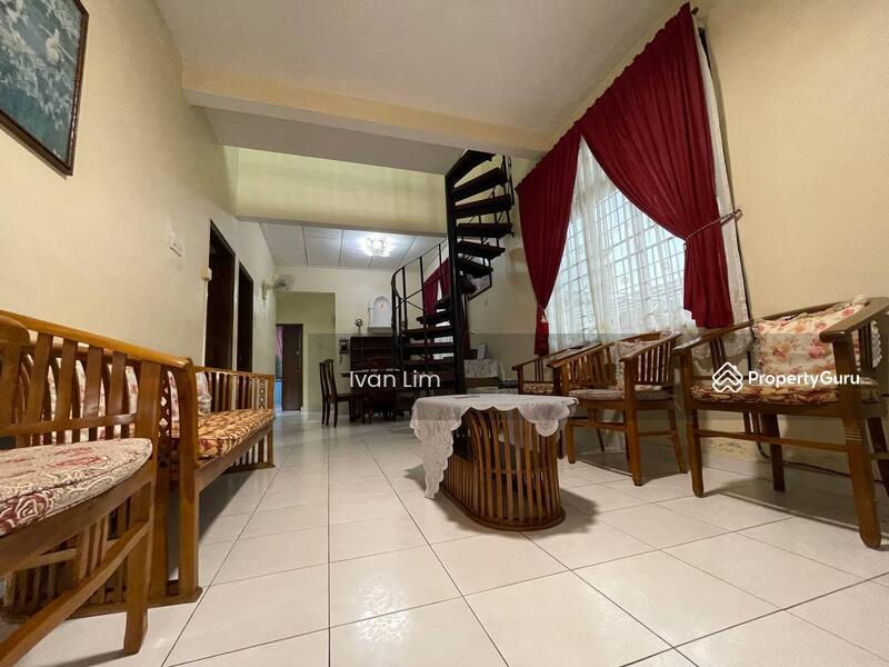 Taman Daya Single Storey Terrace House EndLot #169018144