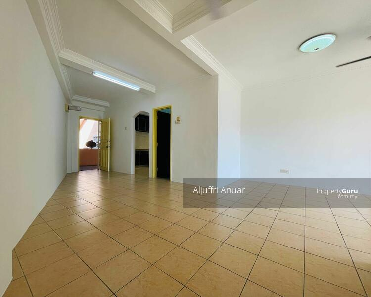 Apartment Desaria @ Taman Impian Ehsan Balakong #169070534