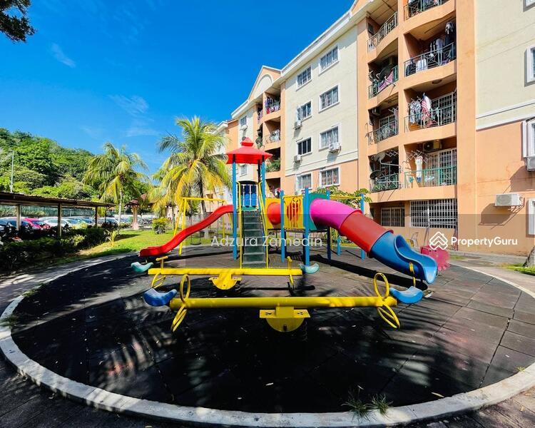 Apartment Desa Ria #169093218