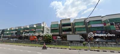 Dijual - 3 Storey Shop lot @ Pine Valley Business Centre, Paya Terubong