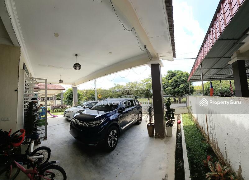 Jalan Lesung Batu Alor Gajah Melaka #169355598