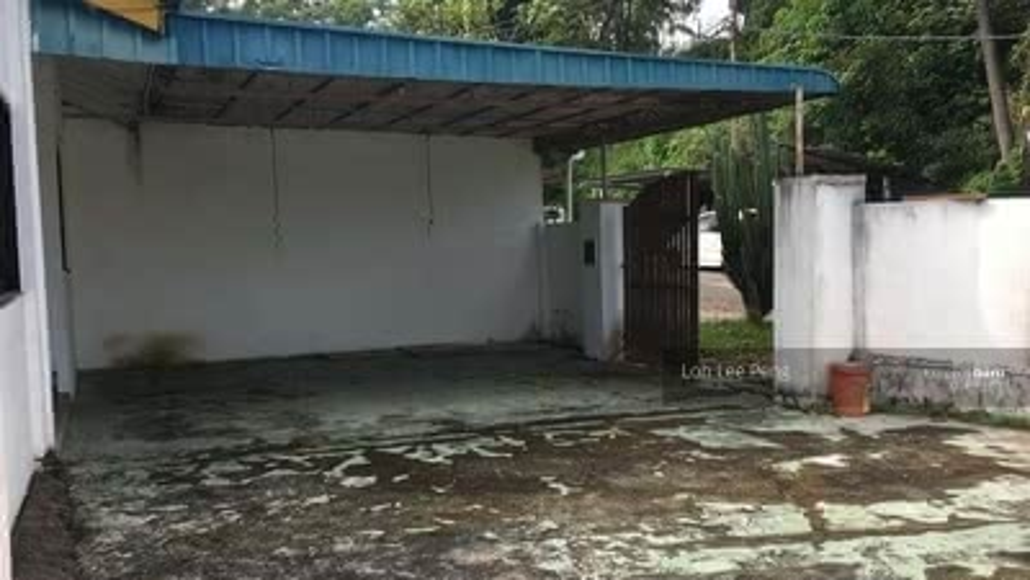 For Rent - Taman Bukit Kempas Single Storey Cornerlot Unblock View