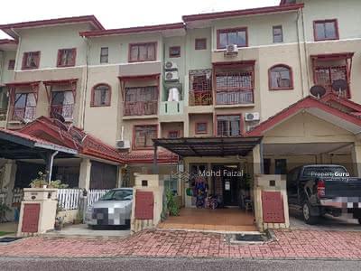 For Sale - Villa Laman Tasik Permaisuri Ground Floor unit Townhouse Cheras