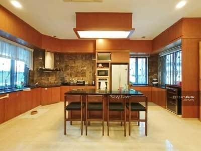For Sale - Serene Park , Pelangi Town Area 1. 5 storey SemiD