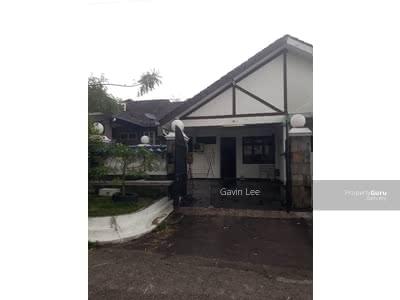For Rent - Taman Molek, Jalan Molek 2 Taman Molek, Jalan Molek 2 Taman Molek, Jalan Molek 2 Taman Molek