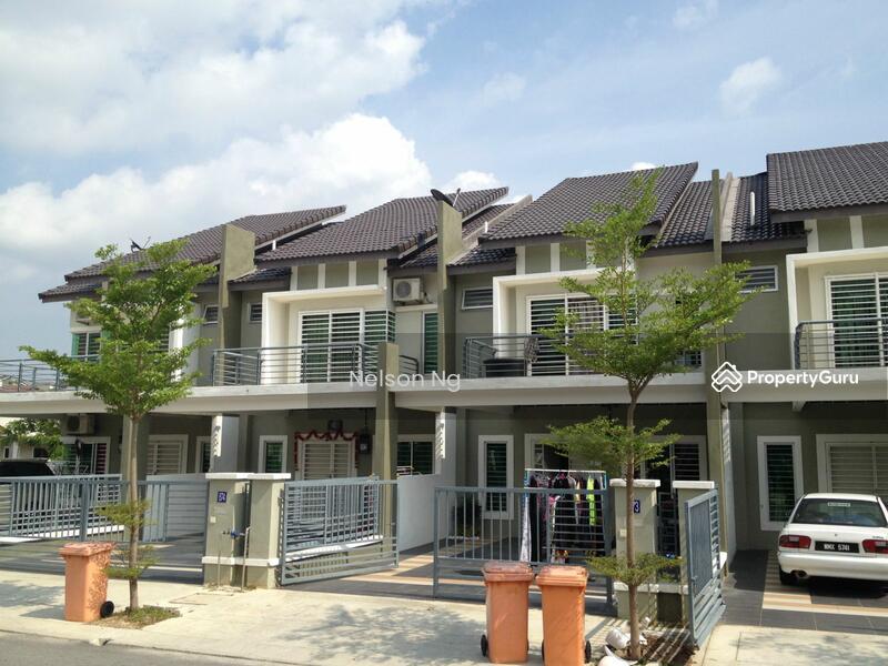 2 storey terrace house bdr sri sendayan jalan nusari aman for 2 storey house for sale