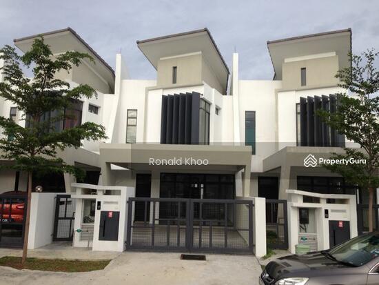 Shah alam laman glenmarie double story house for sale for 4 story house for sale