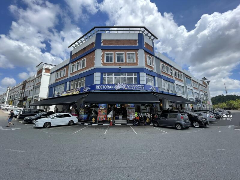 Nusa Sentral Nusa Sentral Nusa Sentral, Nusa Sentral Shop #160450976