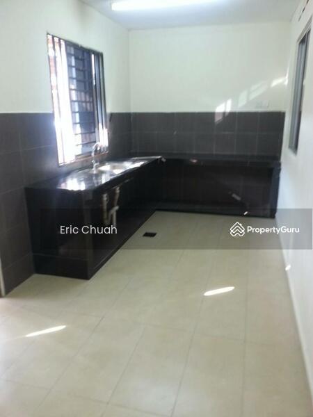 Single Storey Low Cost HouseTaman Universiti 56769386