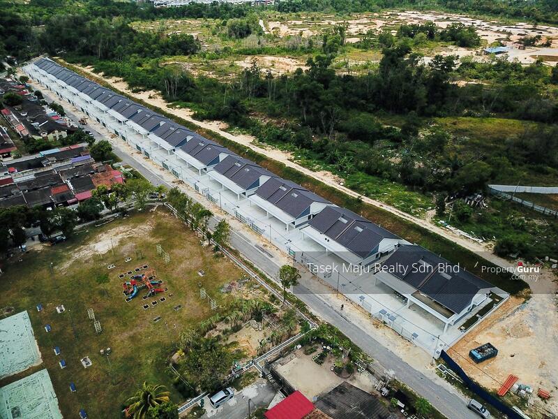 TUTA Villa III @ Taman Ungku Tun Aminah #163789380