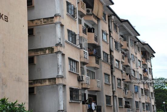 Makmur Apartments  2938