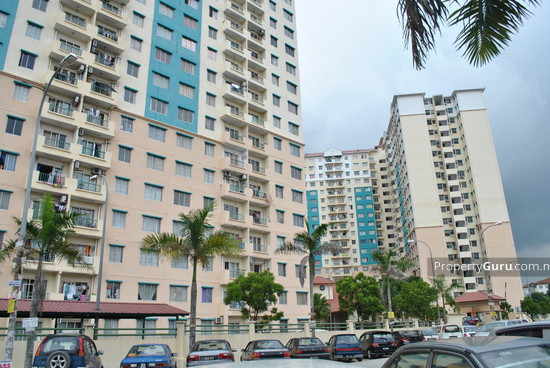 Vista Pinggiran Apartment  2220