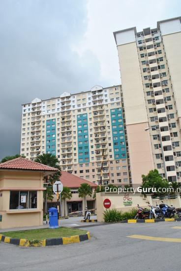 Vista Pinggiran Apartment  2221