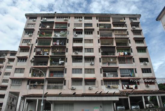 Segar Apartments  636
