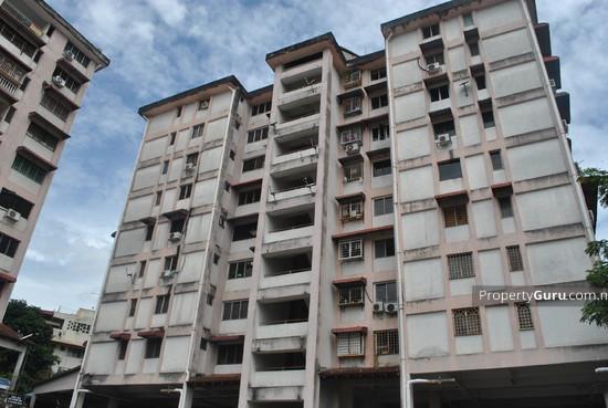 Segar Apartments  637